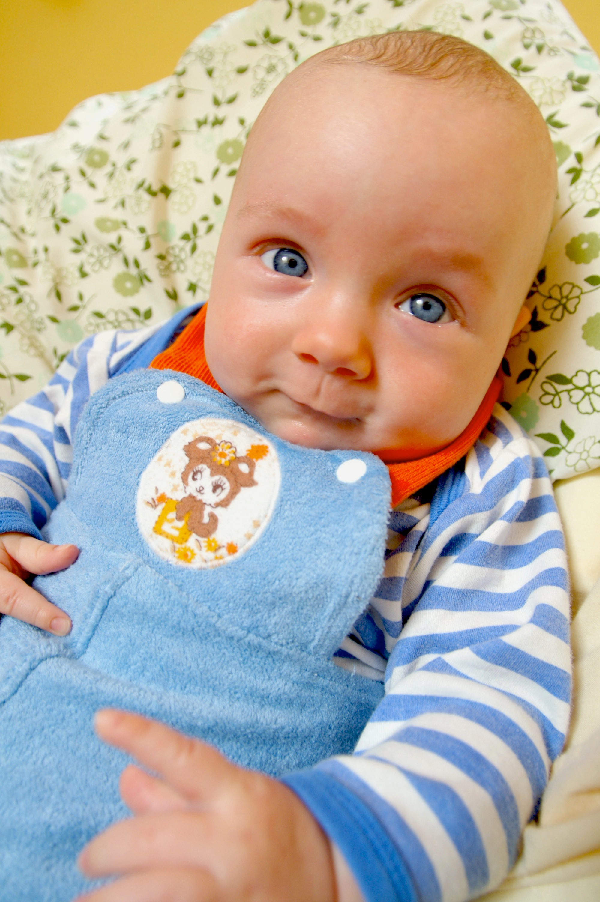 My favourite little baby outfit I ever made for Neko was this blue towelling number. It was pretty fantastically retro with it's bright orange straps and cuffs.