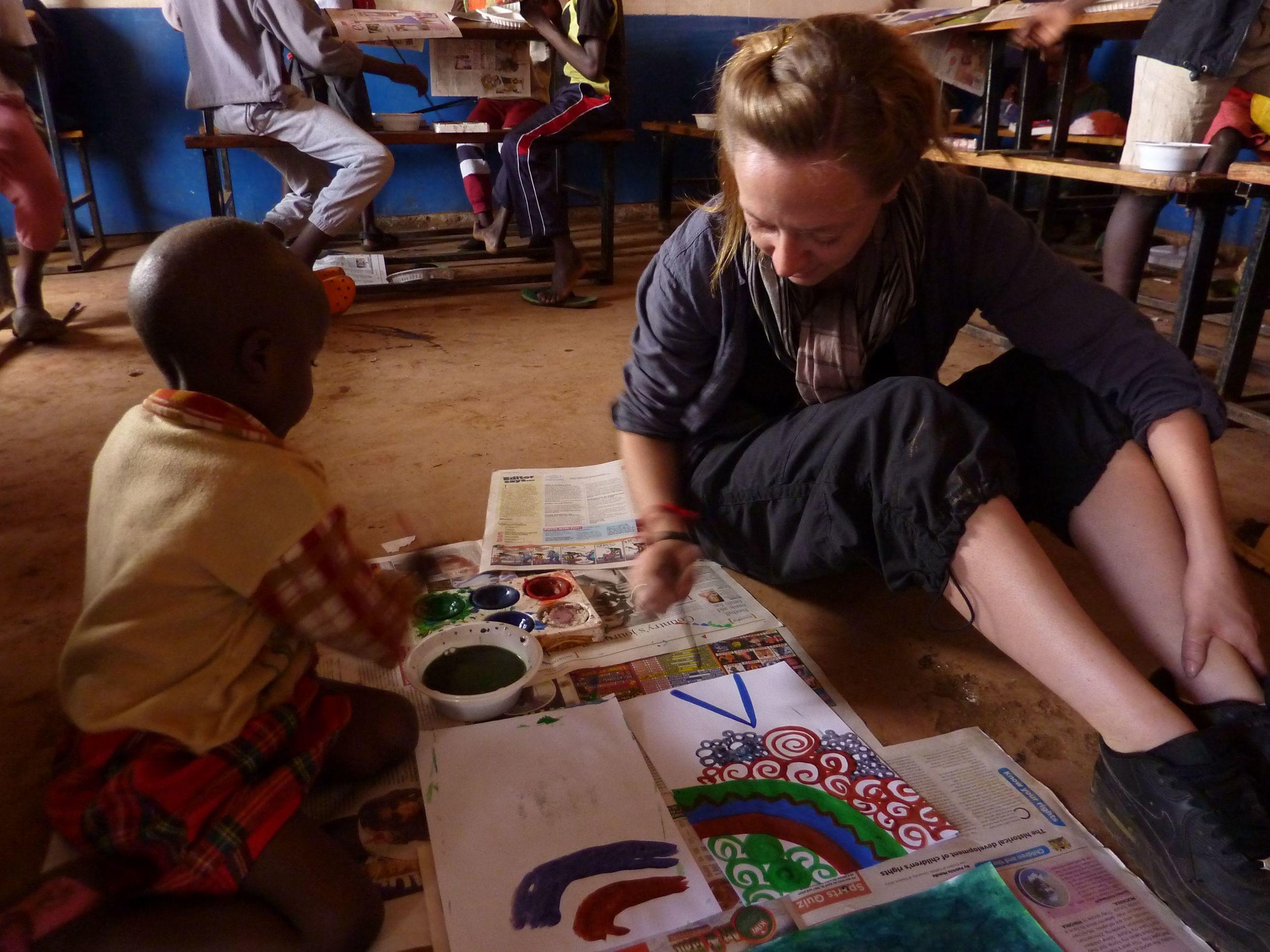 Art Charlotte teaching Mathare.jpg