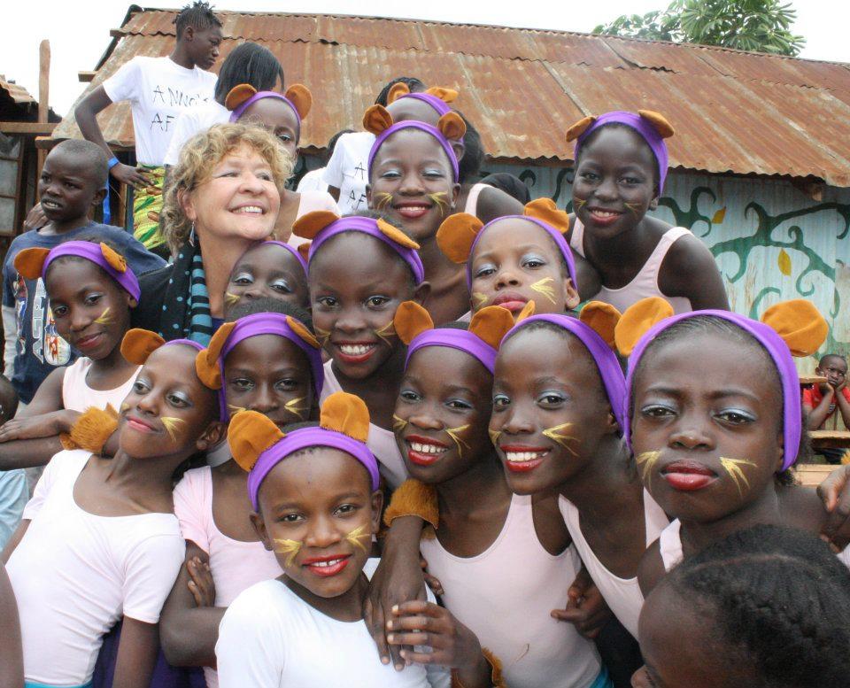 Ballet in Kibera with teacher Anna.jpg