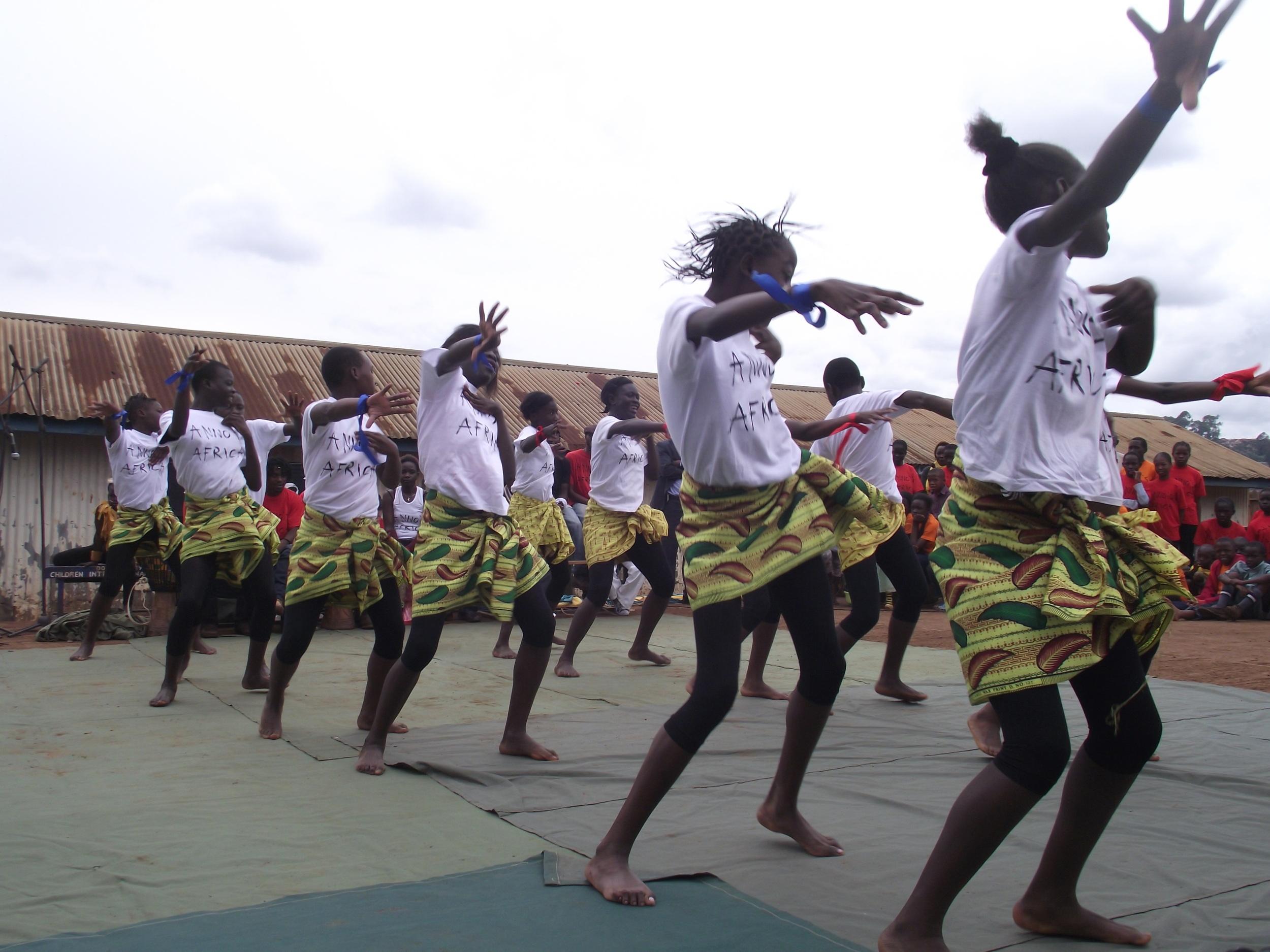 Dance Traditional dance Kibera.JPG