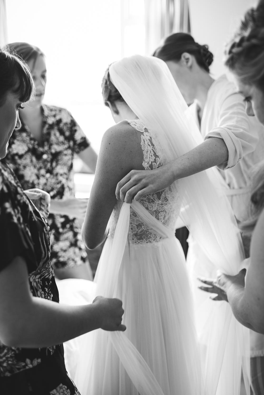 Holly & Graeme Bedfordshire Country Garden Wedding - Emma Hare Photography-163.jpg