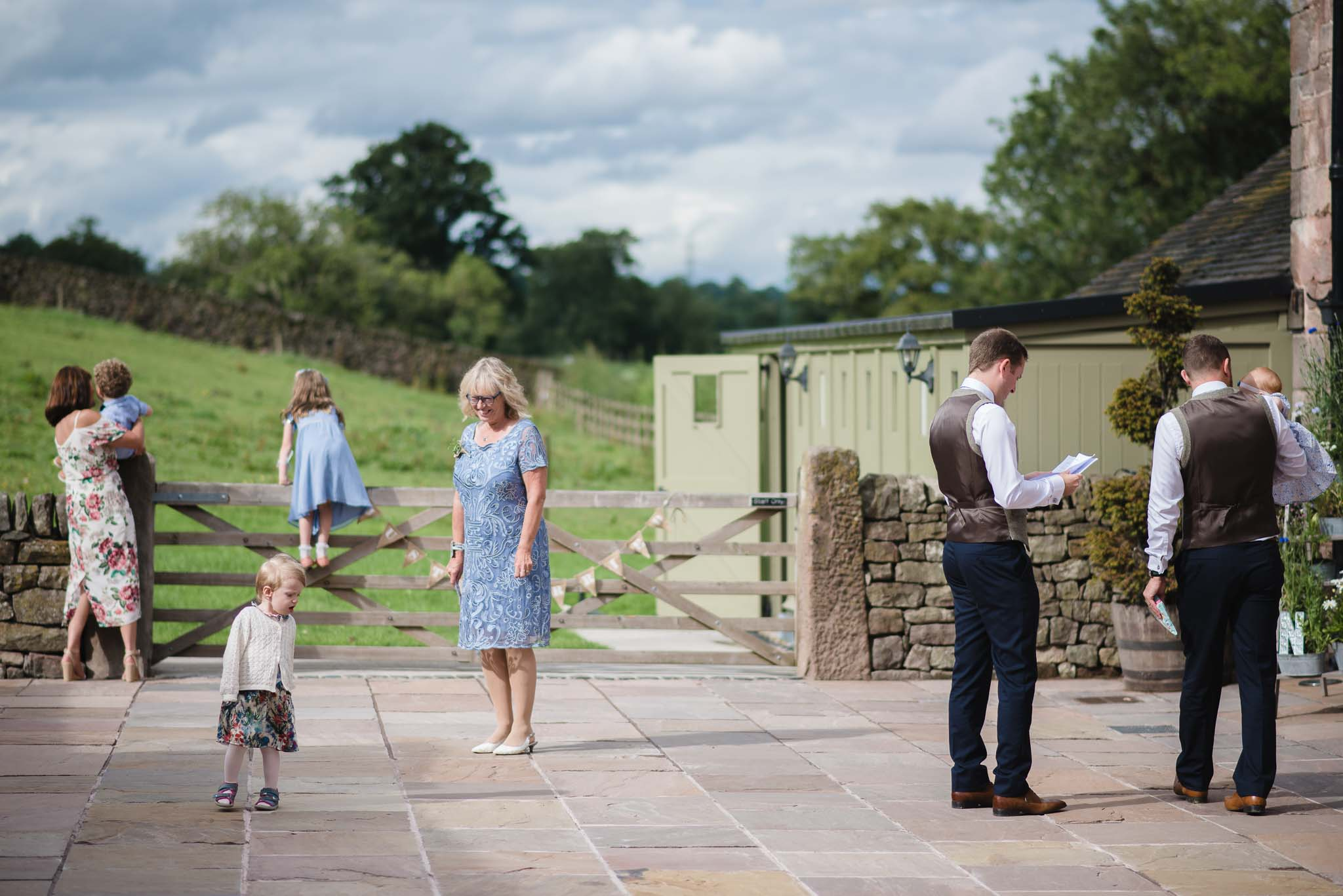 The_Ashes_Barns_Country_House_Wedding_Emma_Hare_Photography_Bev_Nathan-43.jpg
