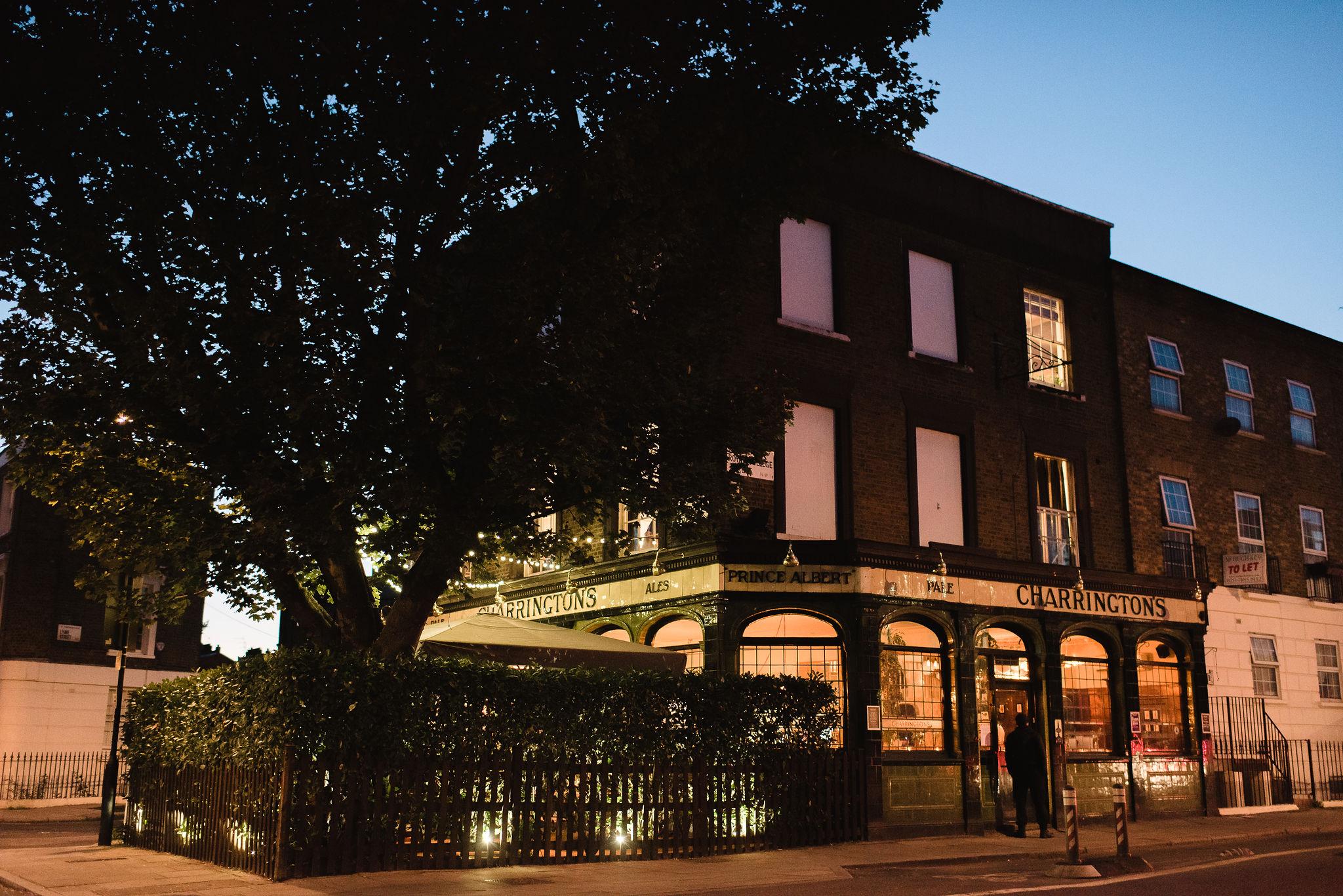 Islington_Town_Hall_Wedding_Prince_Albert_Pub_Camden_99.jpg