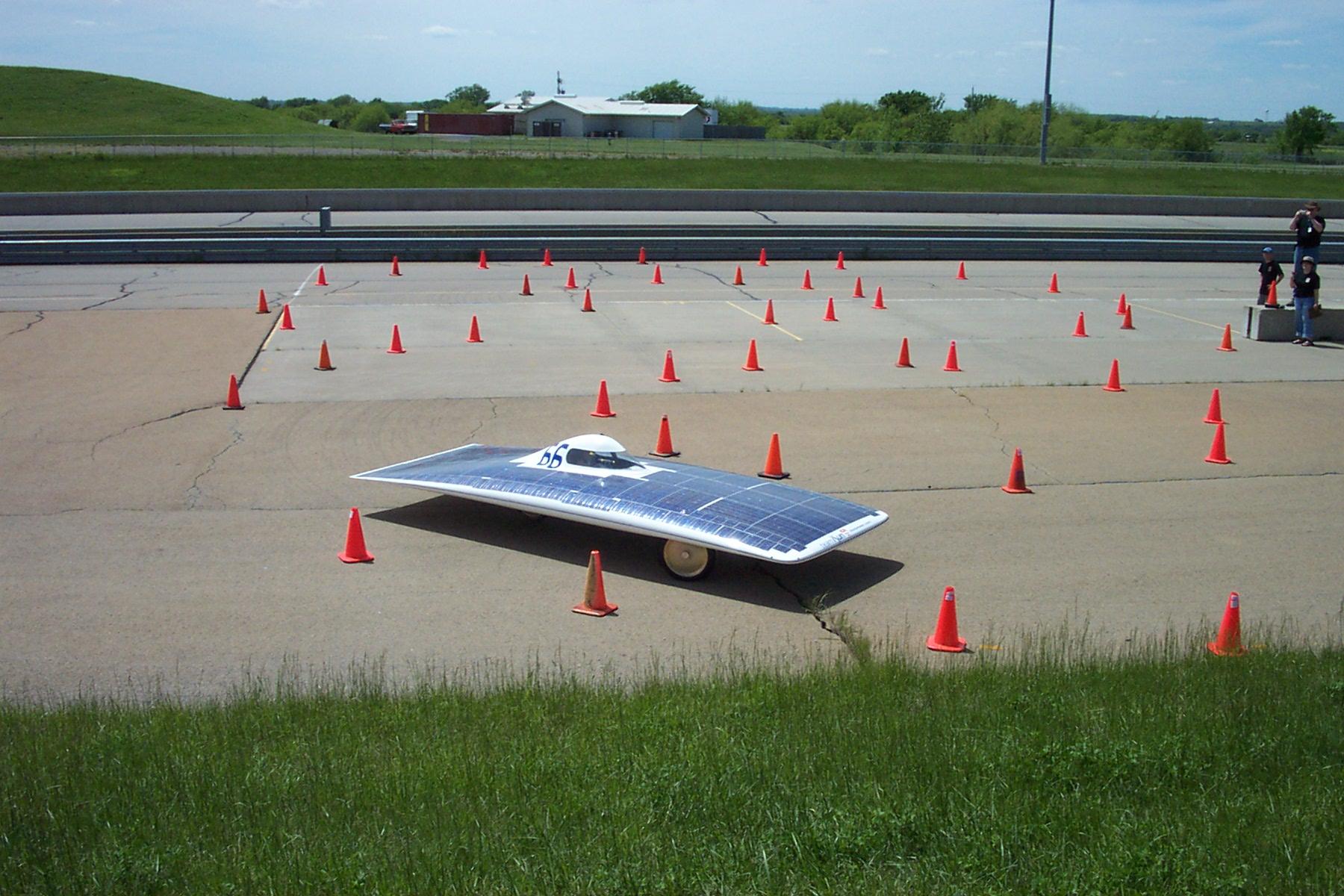 McGill figure 8 test 3 at FSGP2002.jpg.JPG