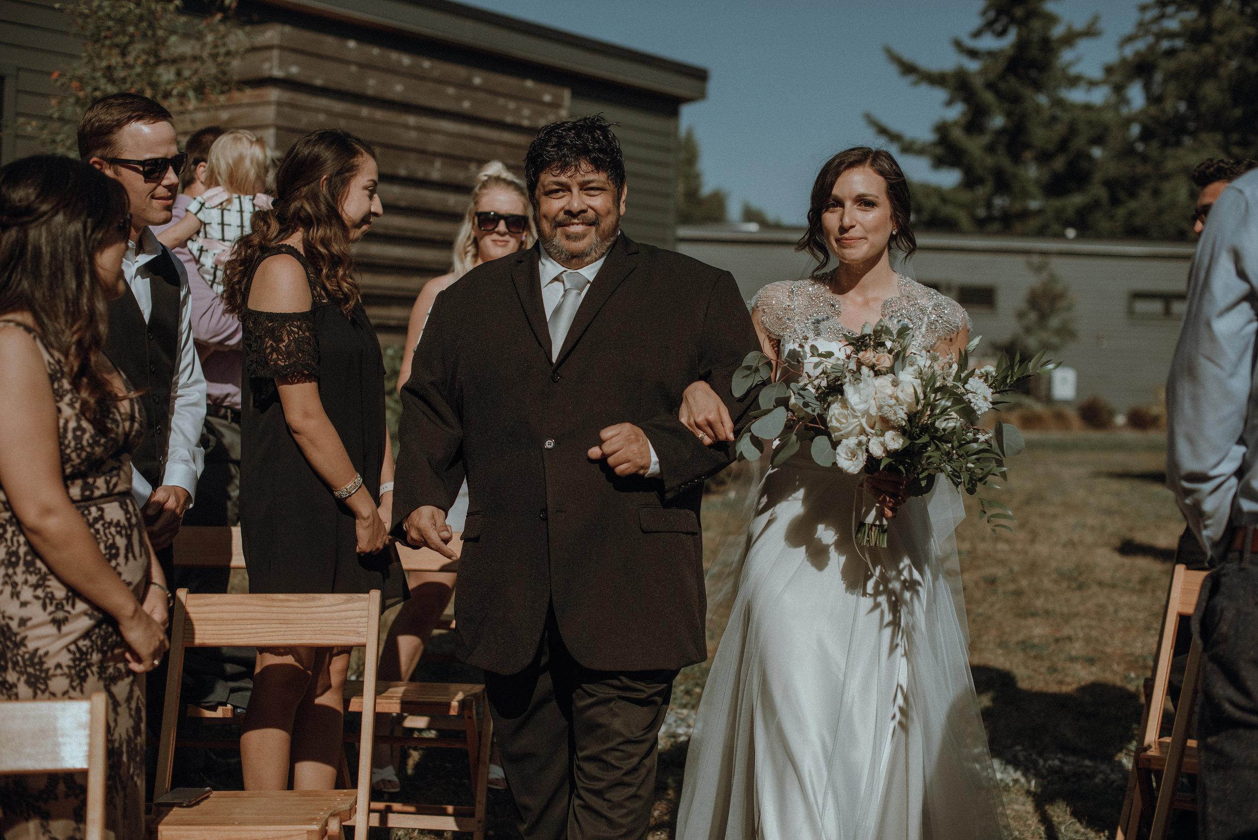 Lodges-at-Vashon-wedding7.jpg