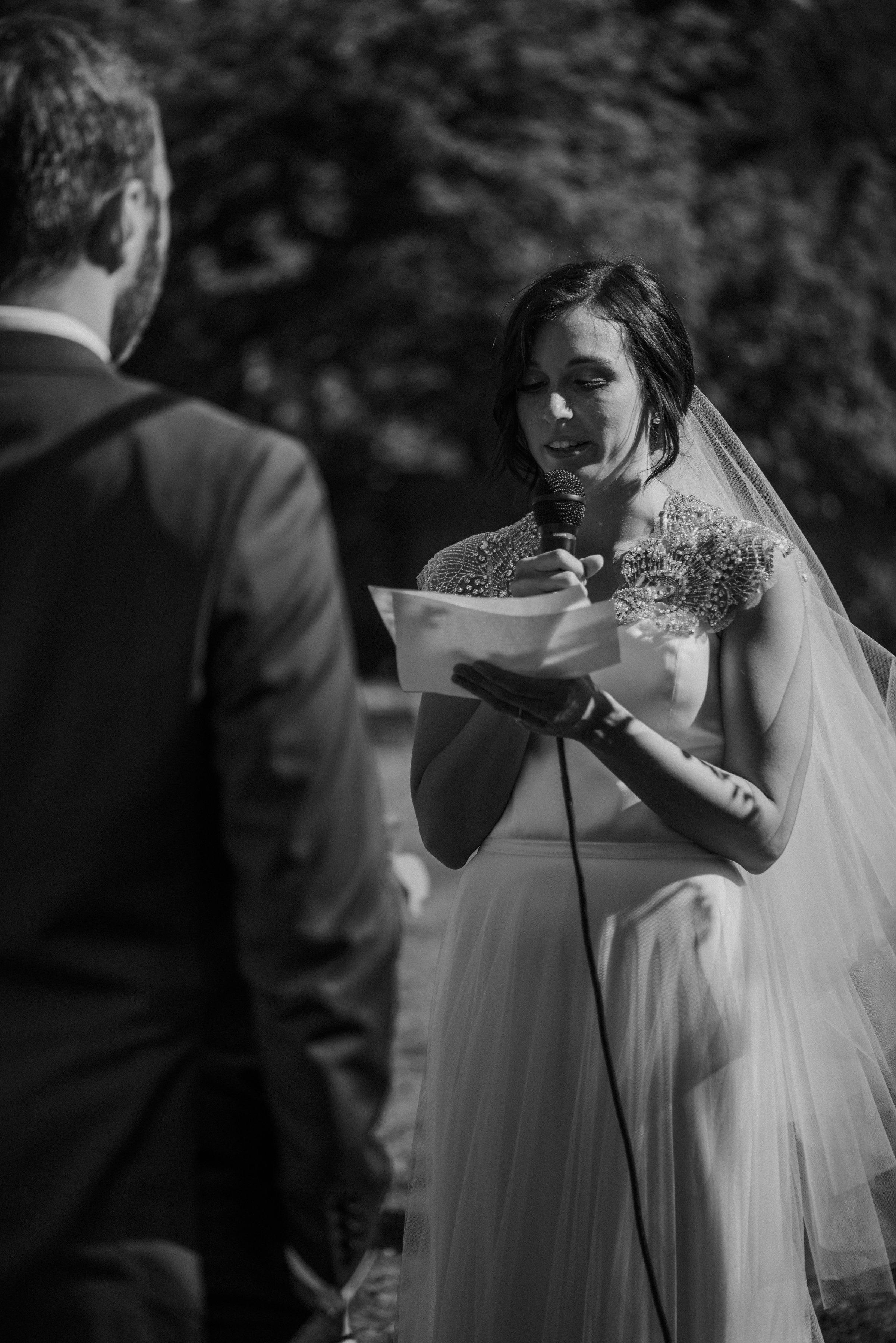 Lodges-at-Vashon-wedding25.jpg