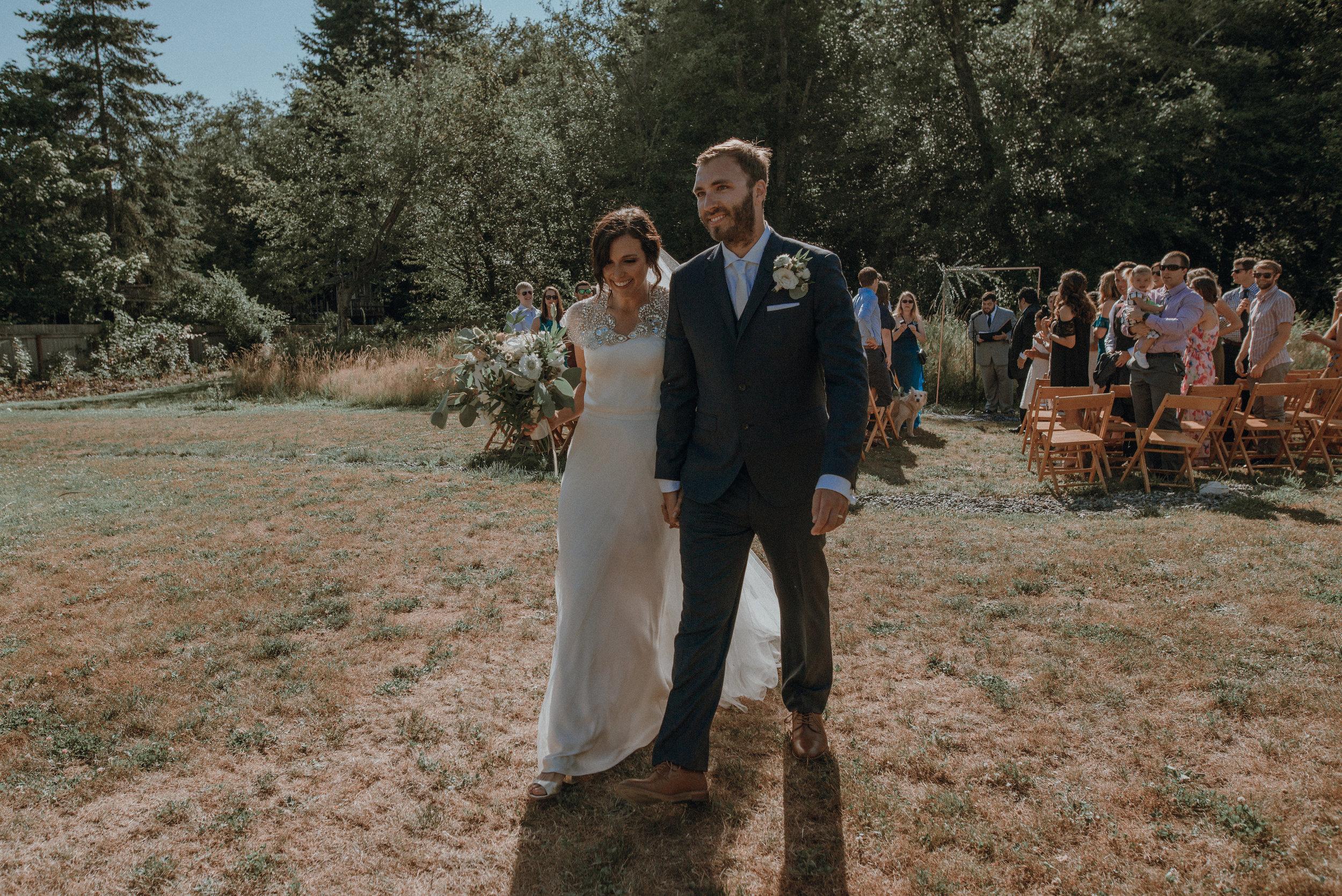 Lodges-at-Vashon-wedding74.jpg