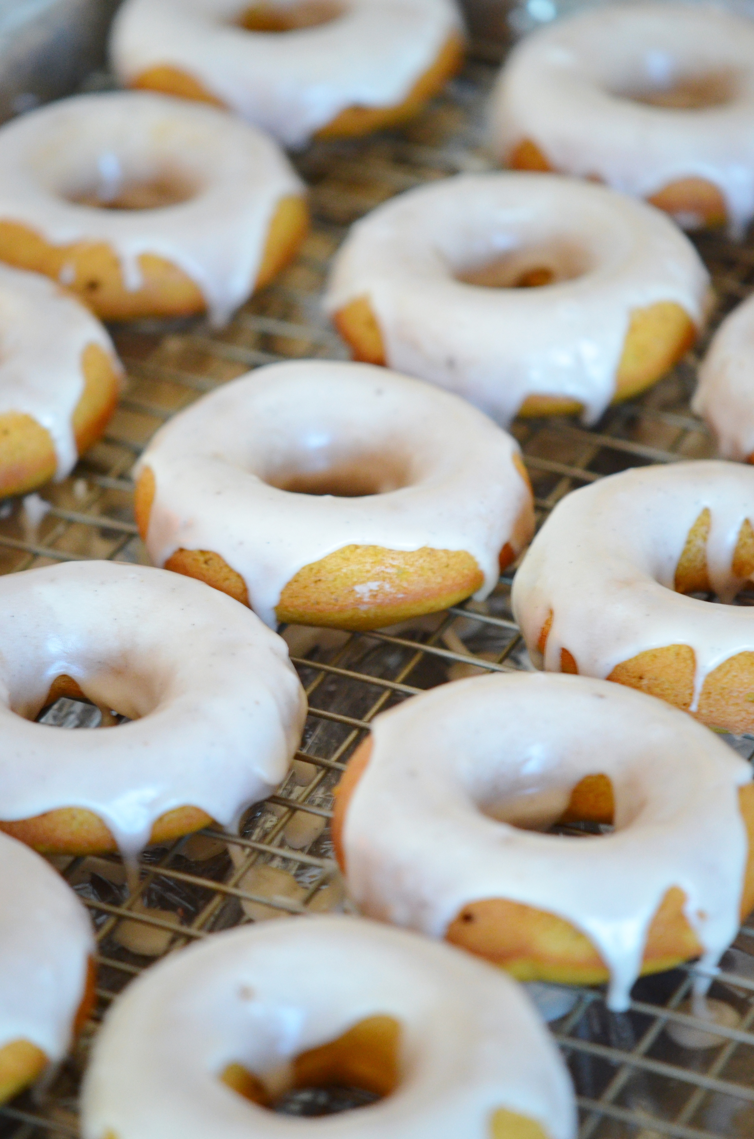 Pumpkin-Spice-Donuts-with-Maple-Glaze.jpg