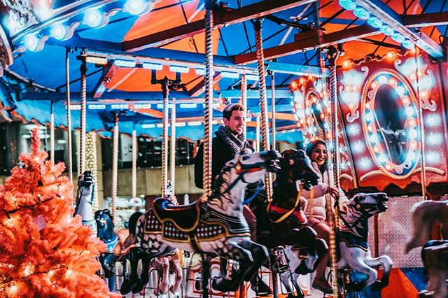 merry-go-round . . . . #torontophotography #streetphotography #streetphotographers #torontophotographer #streetsoftoronto  #torontophoto #toronto_insta #cityphotography #toronto #torontoblogger #citylife #streetstyle #streetgram #torontolife #urbanphoto #urbanphotography #exploretoronto #candidphotography #citygrammers #streetxstory #streetphotographyinternational #streettogether #photodocumentaryproject #nightphotography #nathanphillipssquare #carousel #roundabout
