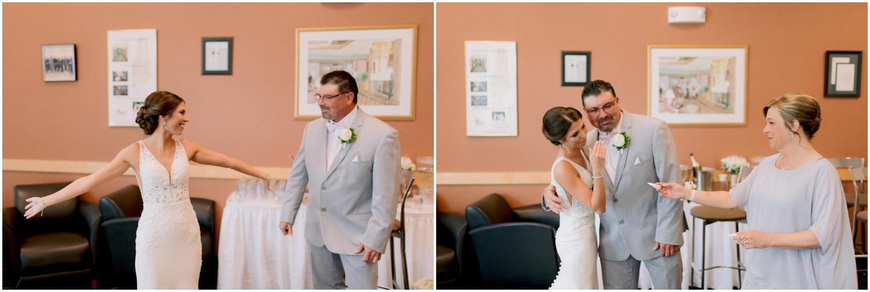 Andrew Ferren Photography-Iowa Wedding Photographer Des Moines Iowa-Embassy Club West_0070.jpg