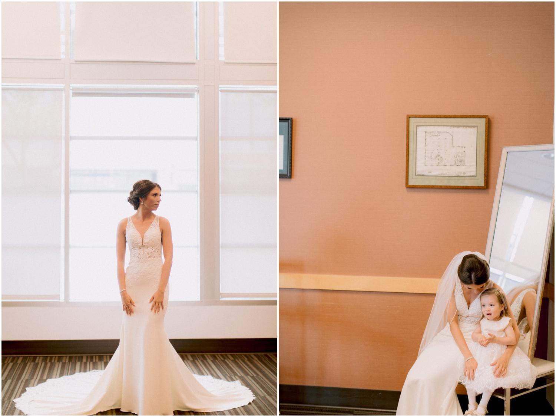 Andrew Ferren Photography-Iowa Wedding Photographer Des Moines Iowa-Embassy Club West_0071.jpg