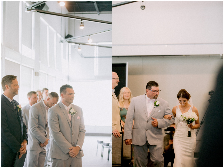 Andrew Ferren Photography-Iowa Wedding Photographer Des Moines Iowa-Embassy Club West_0074.jpg