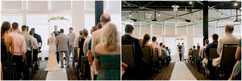 Andrew Ferren Photography-Iowa Wedding Photographer Des Moines Iowa-Embassy Club West_0075.jpg