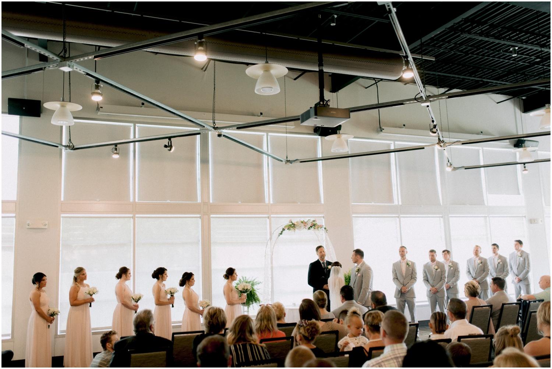 Andrew Ferren Photography-Iowa Wedding Photographer Des Moines Iowa-Embassy Club West_0077.jpg