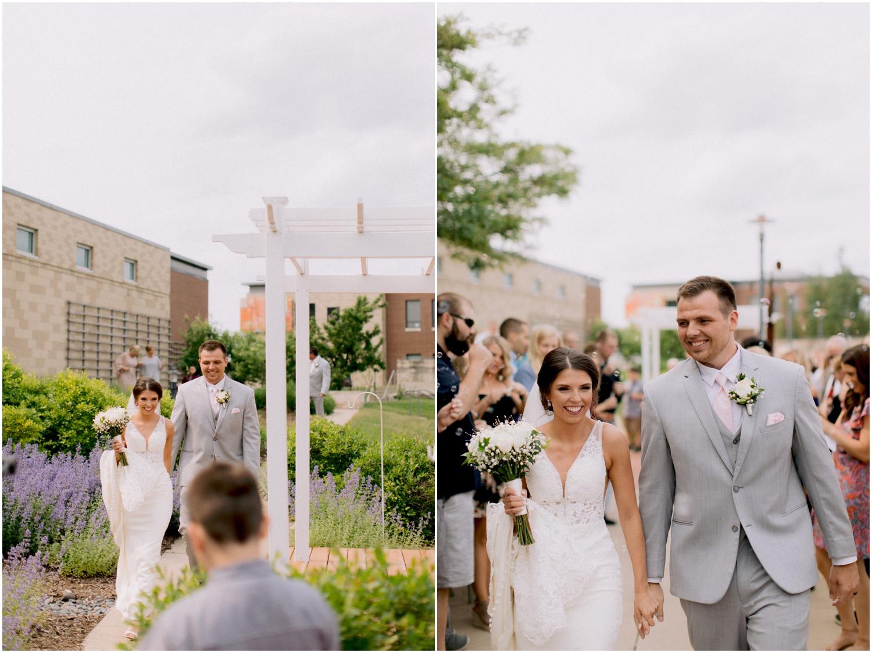 Andrew Ferren Photography-Iowa Wedding Photographer Des Moines Iowa-Embassy Club West_0083.jpg