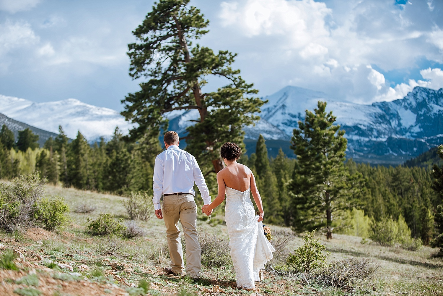 I love Colorado - the mountains are one of my favorite wedding venues, especially Estes Park. Photo by Maddie Mae Photography