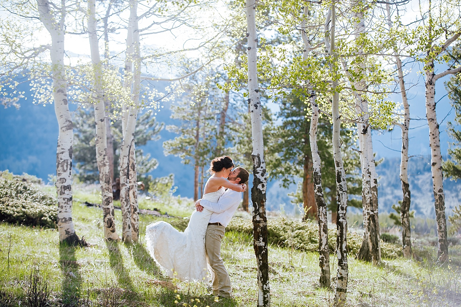Wedding photos among the aspen trees in Estes Park Colorado - Rocky Mountain National Park is a wonderful wedding venue! Photo by Maddie Mae Photography