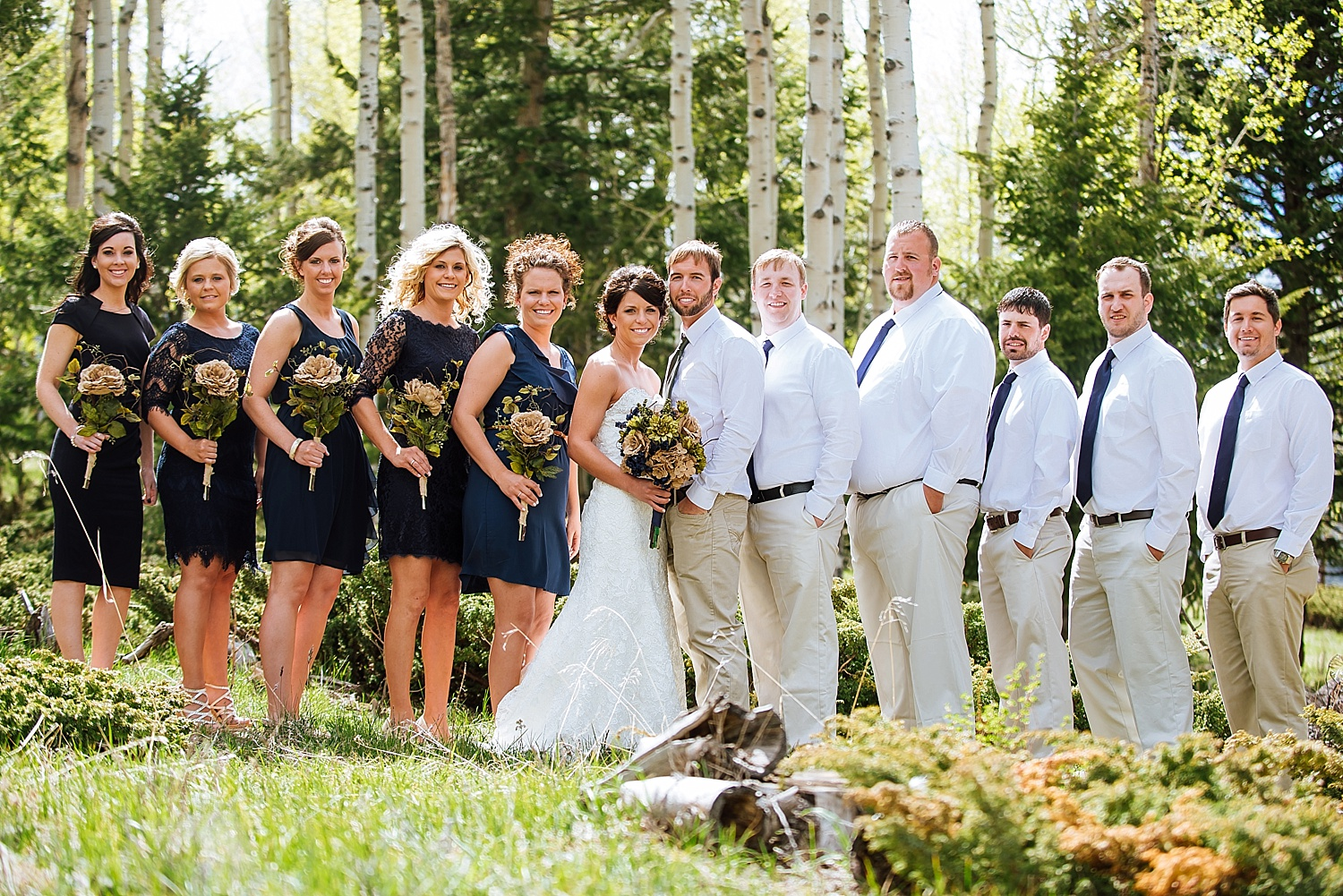 Estes Park is a beautiful wedding location - I mean, look at those trees and colors! Photo by Maddie Mae Photography