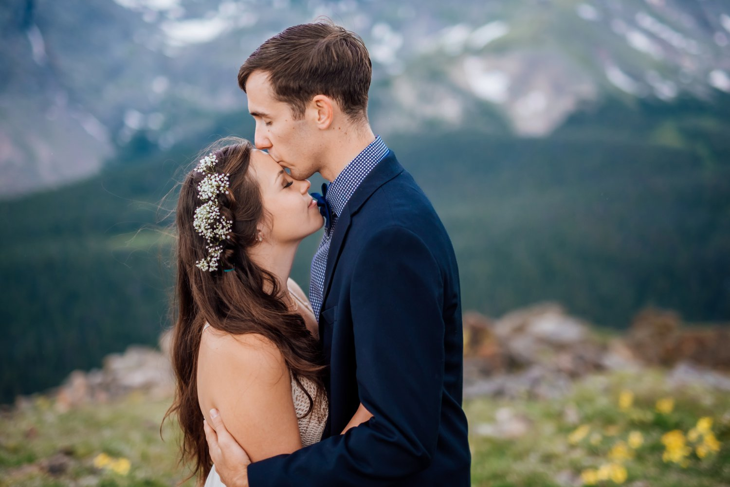 For my mountain wedding, I definitely want this softer flower crown. I love the dramatic landscapes in the background! Photo by Maddie Mae Photography