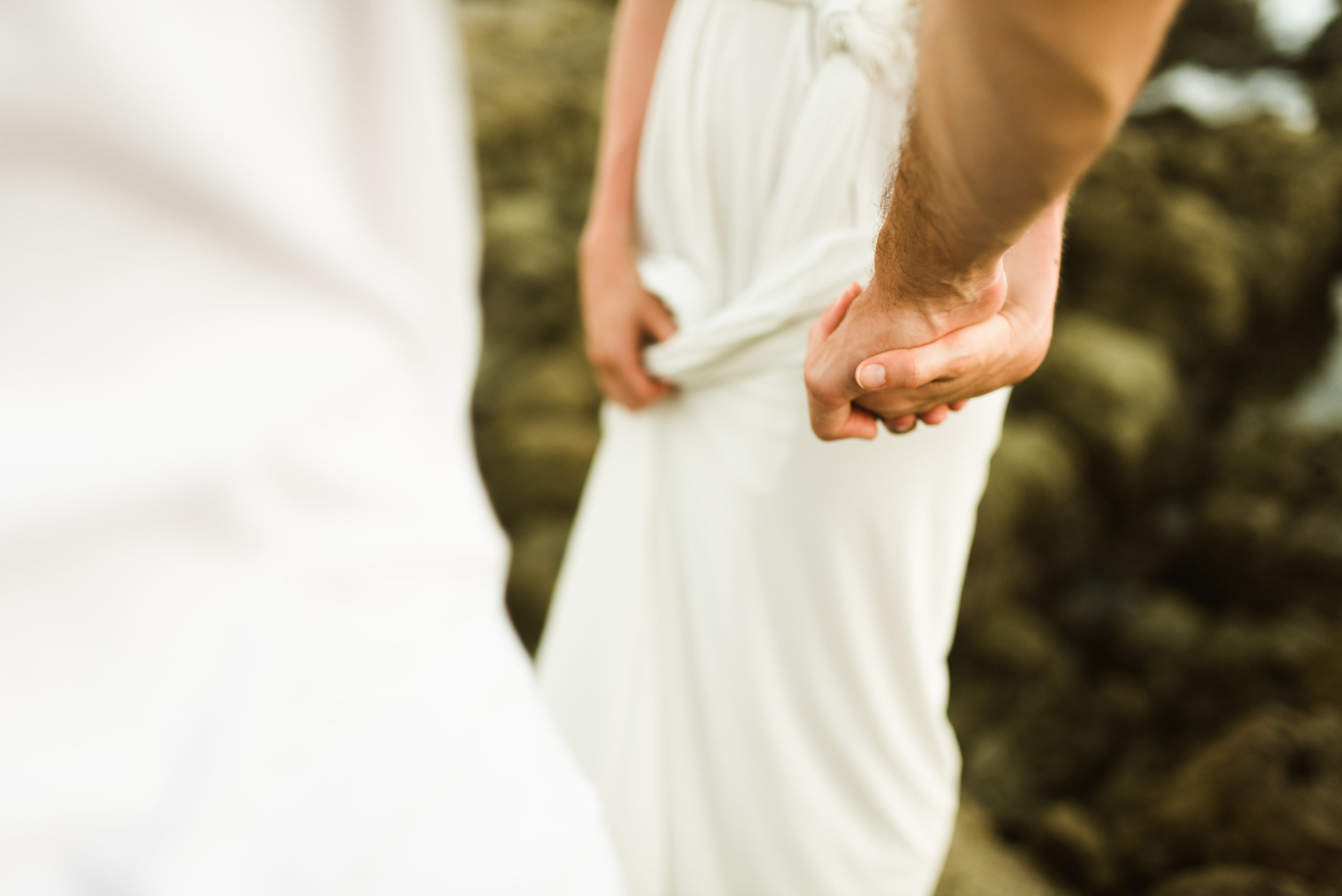 I love when the bride and groom both wear white on their wedding day! Why should the brie be the only one who stands out?!  Intimate wedding photography by Costa Rica destination wedding photographer, Maddie Mae.
