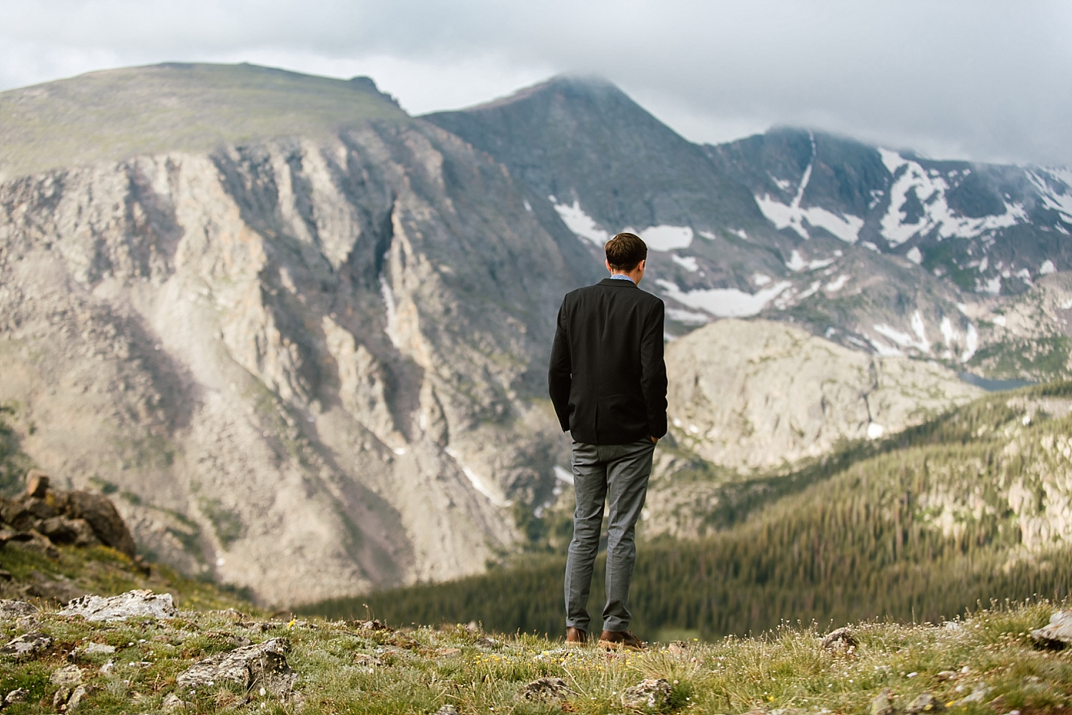 I love the idea of a first look at a wedding! It's such a cure tradition, especially for small elopements like Jessica and Edward's! | Trail Ridge Road elopement photos by RMNP wedding photographer, Maddie Mae.