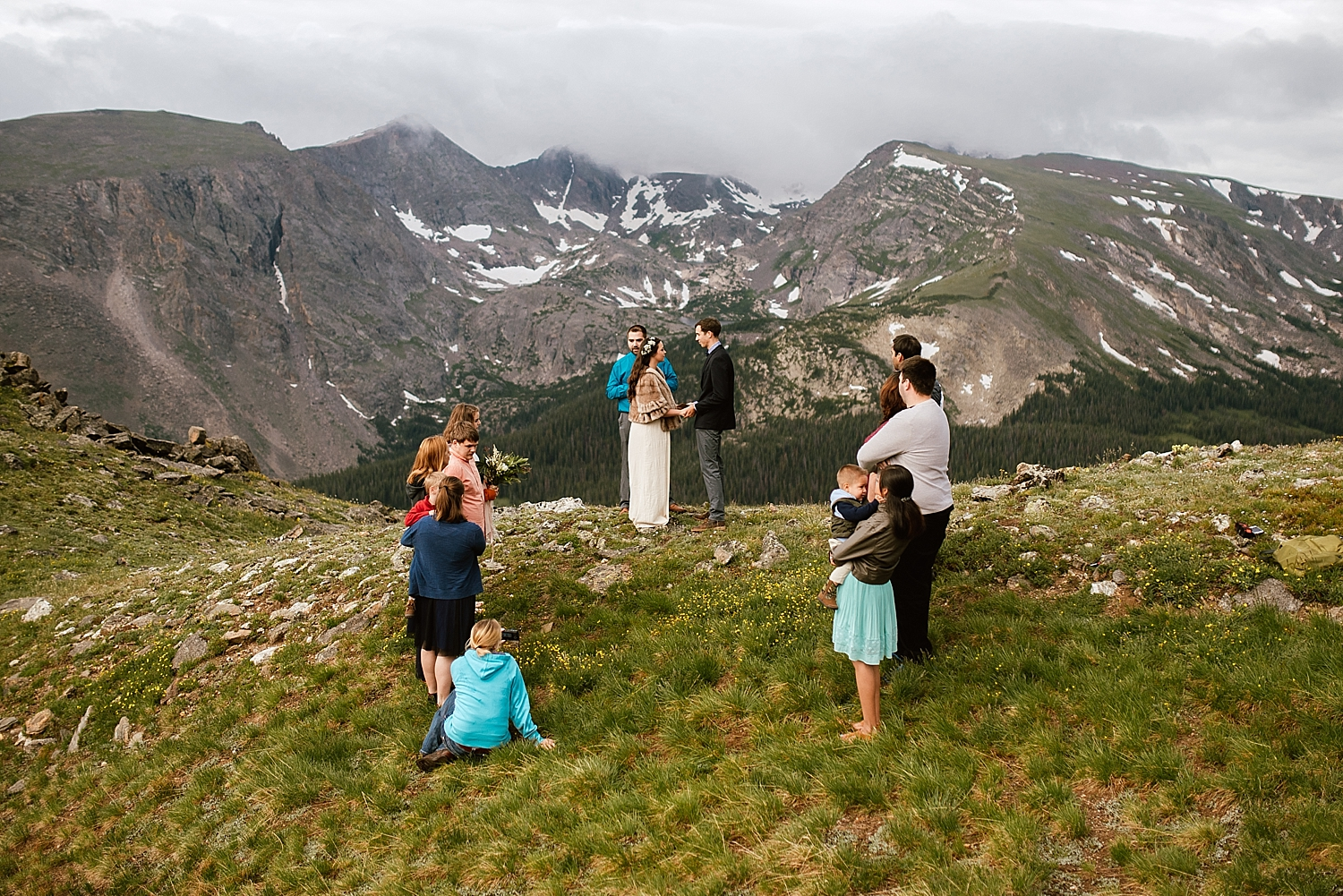 I can't even believe my eyes when I look at the pictures from Jessica and Edward's Estes Park elopement just off Trail Ridge Road! Such a gorgeous and intimate wedding! | Rocky mountain National Park elopement photos by Estes Park Colorado wedding photographer, Maddie Mae.