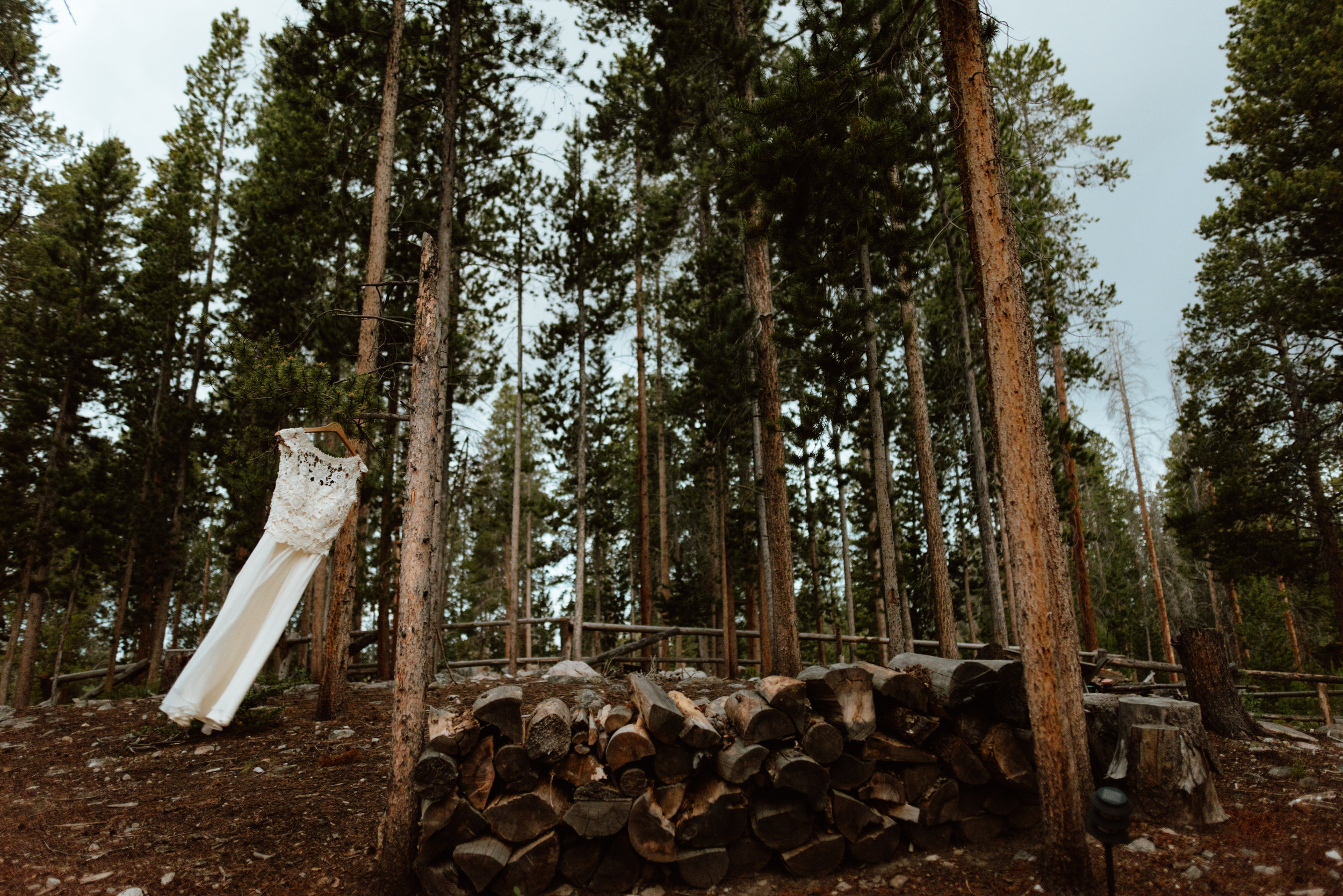 Such gorgeous dress photos of this lace and tulle wedding dress! I love mountain weddings! | Mountain elopement photos by Colorado wedding photographer, Maddie Mae.