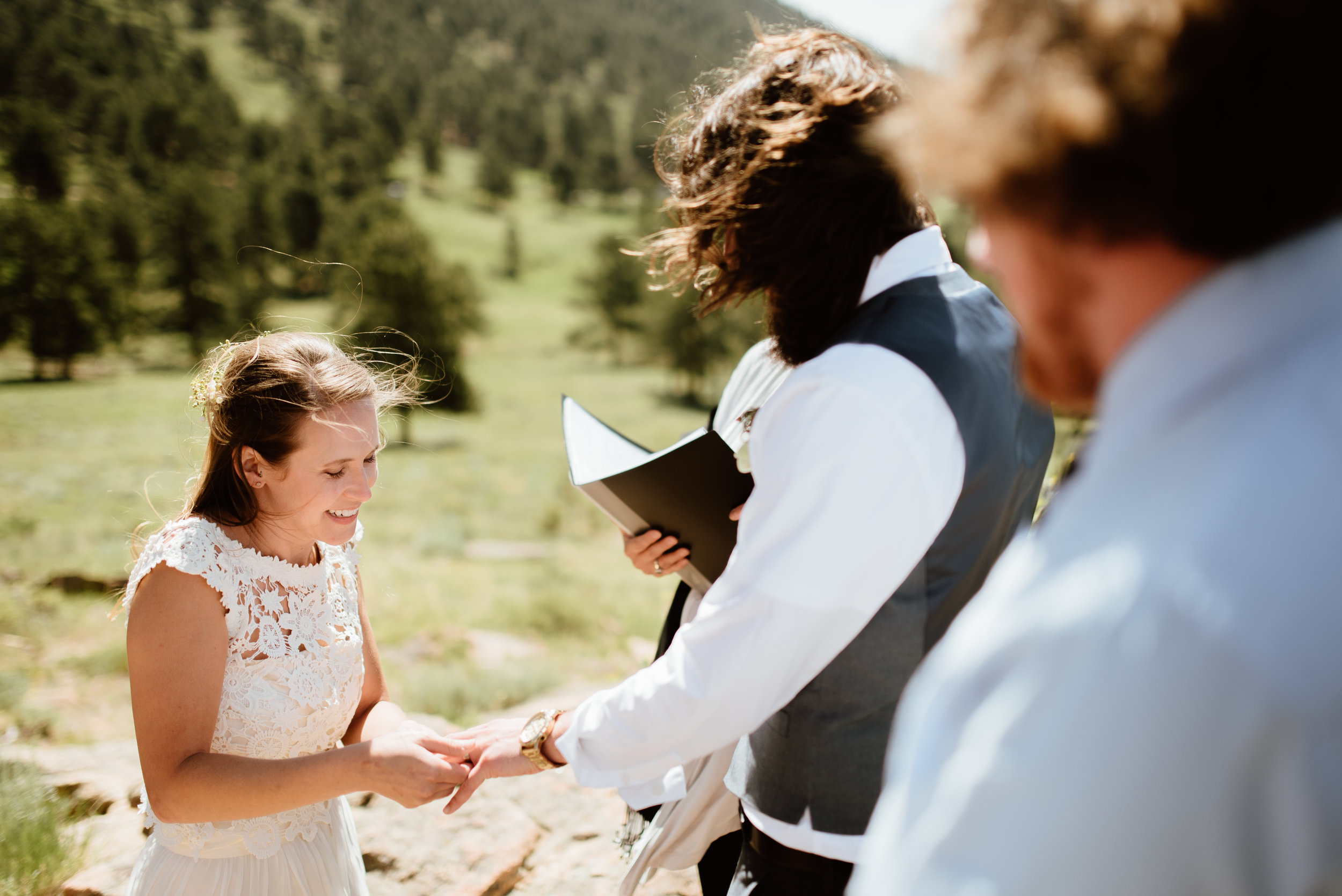 Erin and Graham's intimate mountain wedding was absolutely perfect! I love 3m curve in RMNP! | Rocky Mountain elopement photos by RMNP wedding photographer, Maddie Mae.