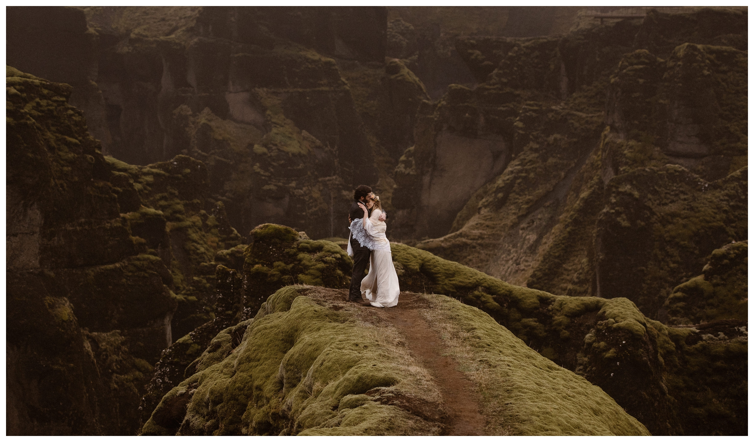 Rangefinder-Top-Wedding-Photographers-Adventure-Instead-Maddie-Mae-Destination-Elopement-Photography-Eloping-Photographers_0025.jpg