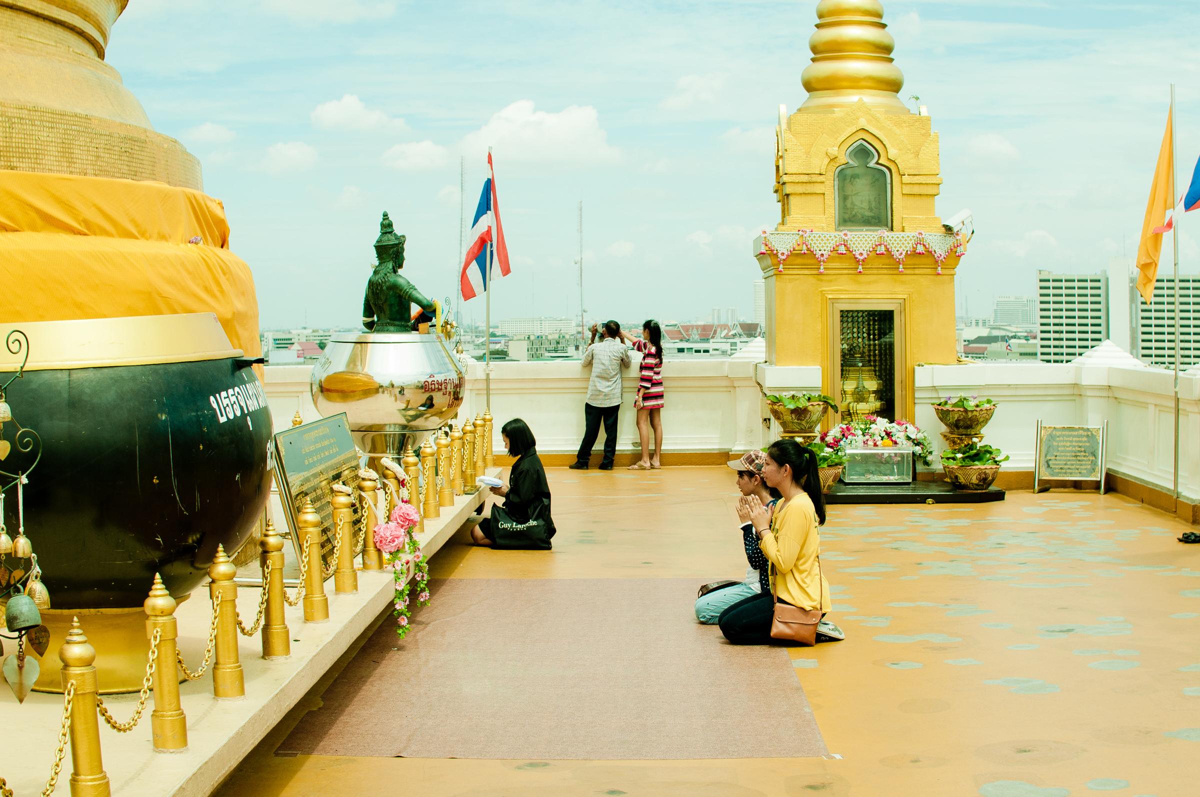 Carpe-Diem.Today Que ver en Bangkok Campanas.jpg