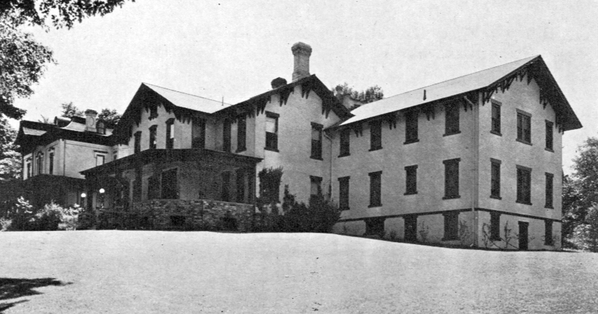 The William Waldron Home, with the Hillsdale Hospital Extension