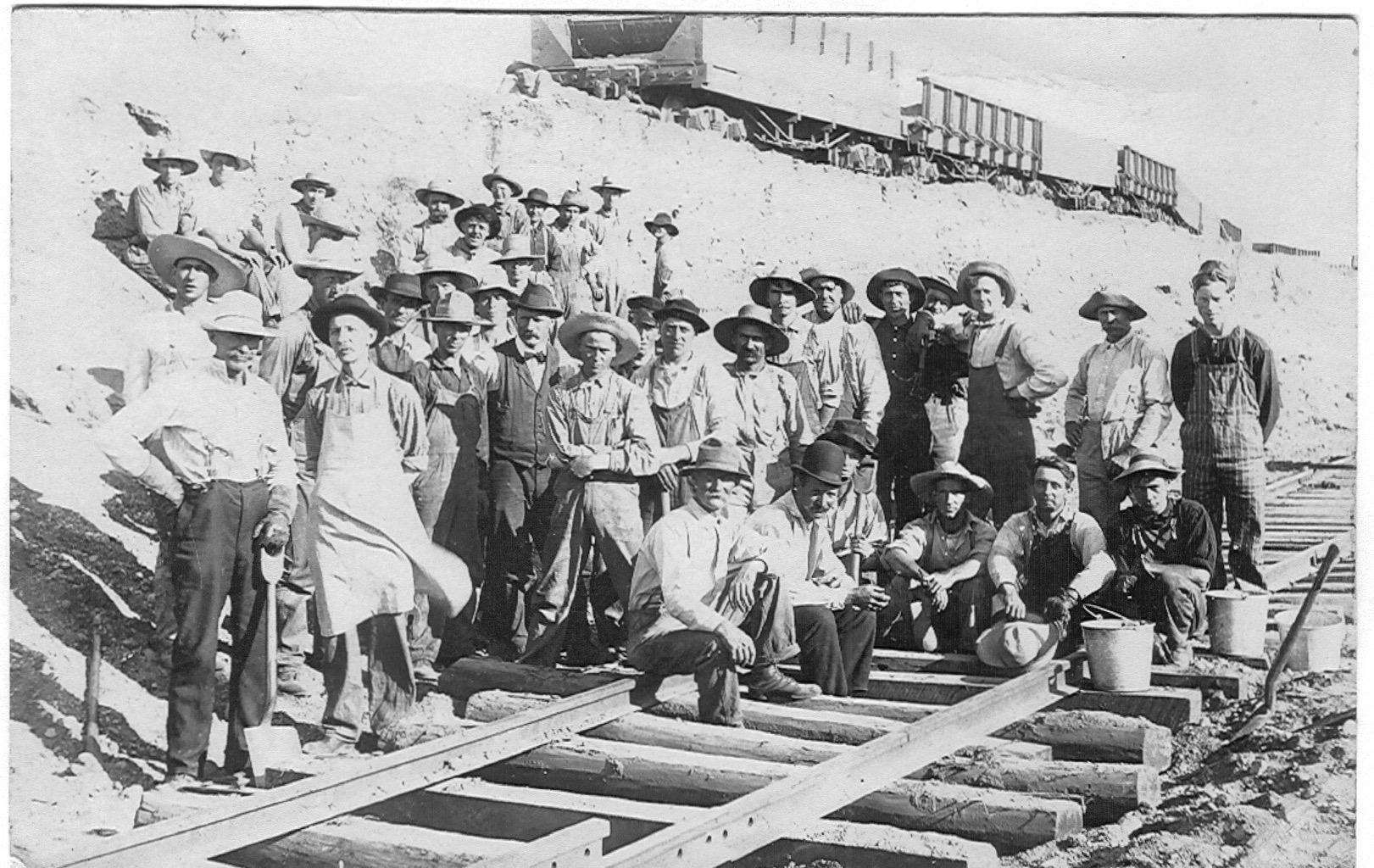The Railroad Comes to Hillsdale County