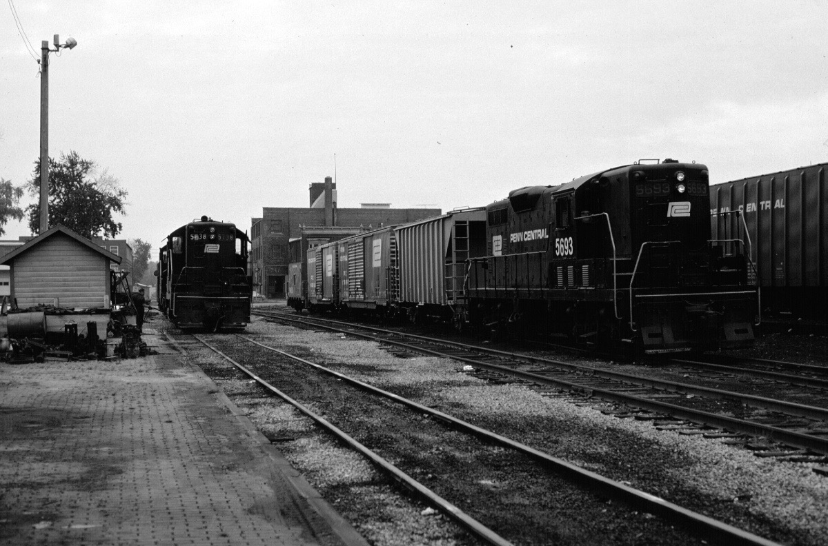 railroading in the age of cars