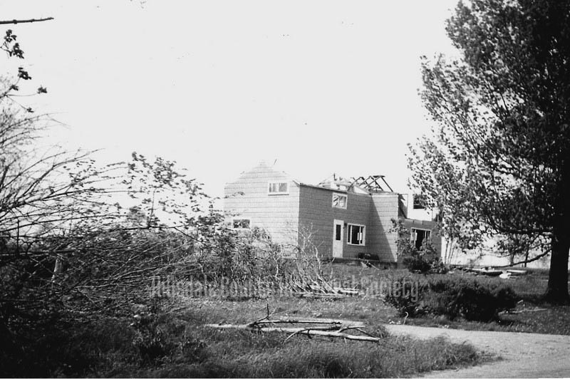the connoly home on lake wilson road