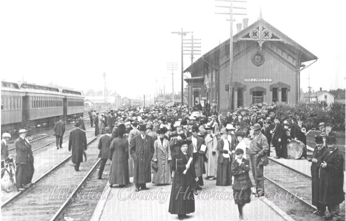 the hillsdale depot with the coldwater light guard band awaiting the train