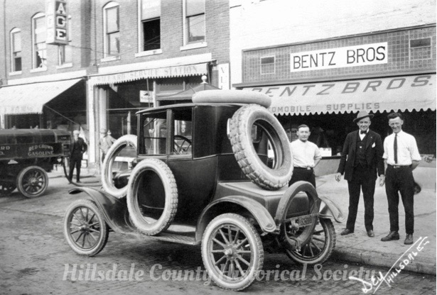 Bentz Brothers on Broad Street in Hillsdale. (Notice the gas being pumped into a tank under the sidewalk.)