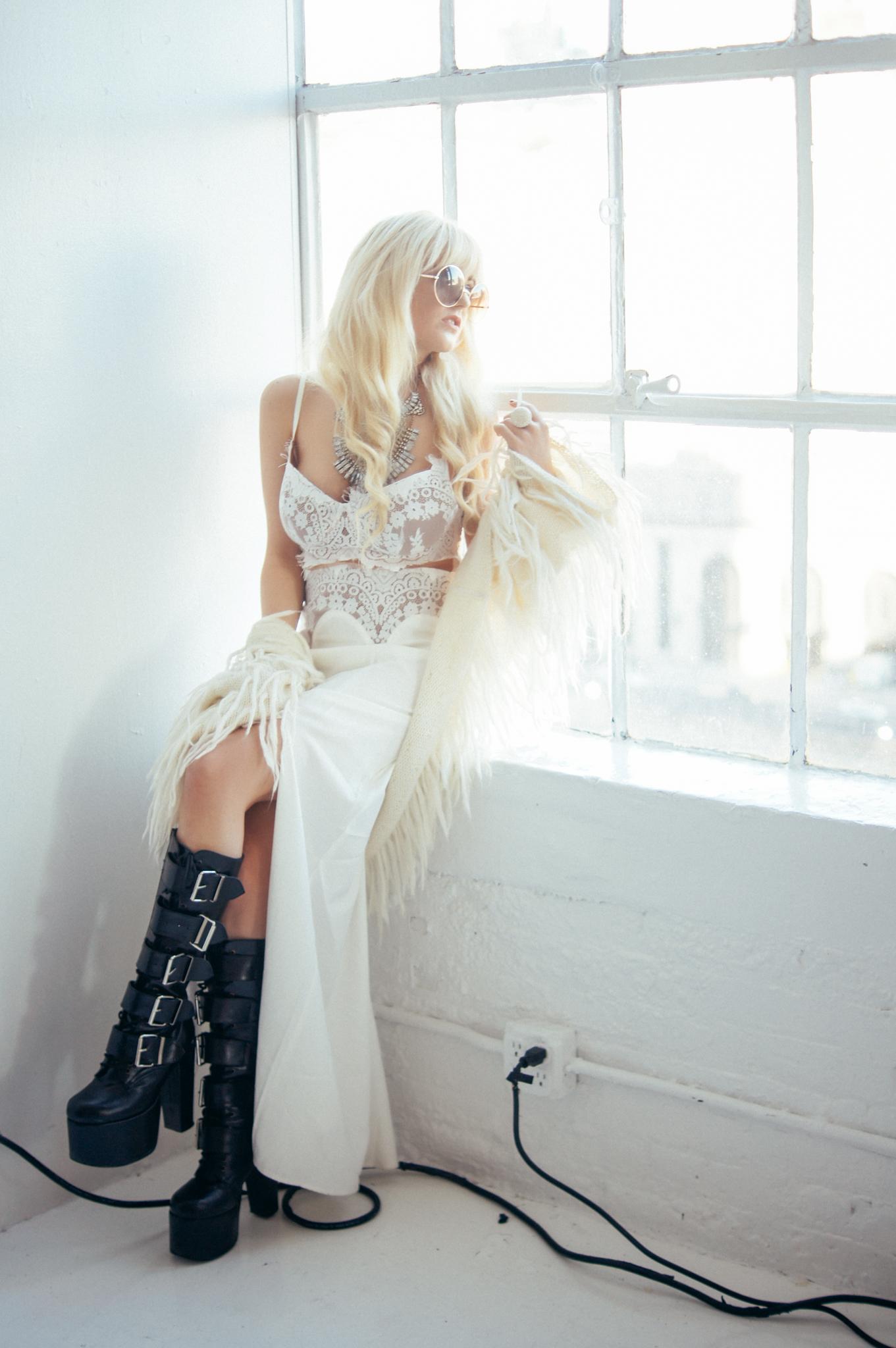 blonde-brittannytaylor-11.jpg