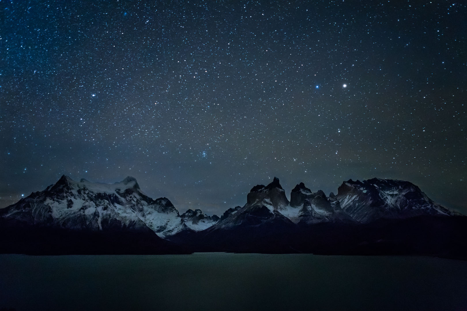 Patagonia, f/s.8, 25 seconds, ISO 6400,EF24-70mm f/2.8L USM at 24mm,Canon EOS 5D Mark III