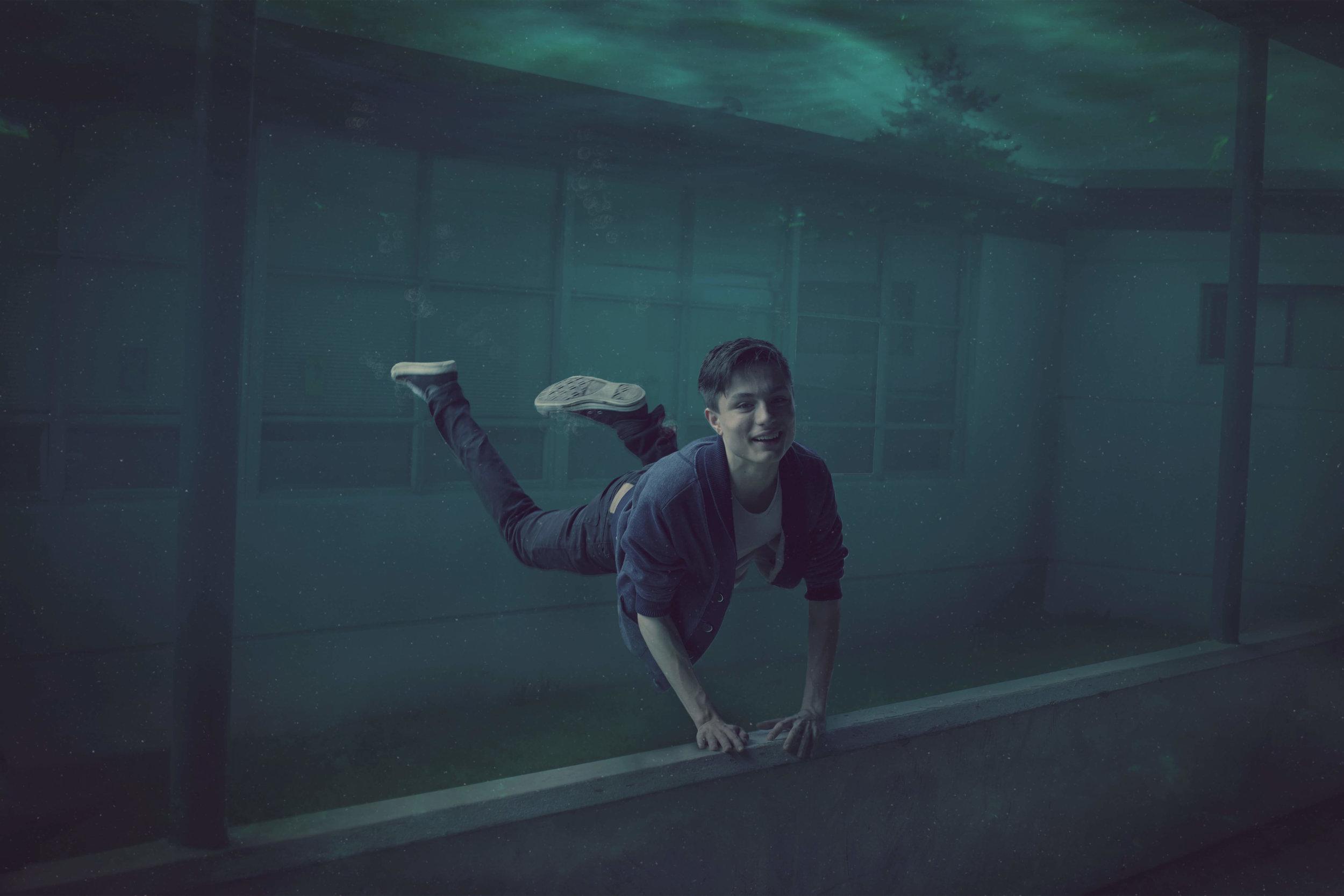 Under water school