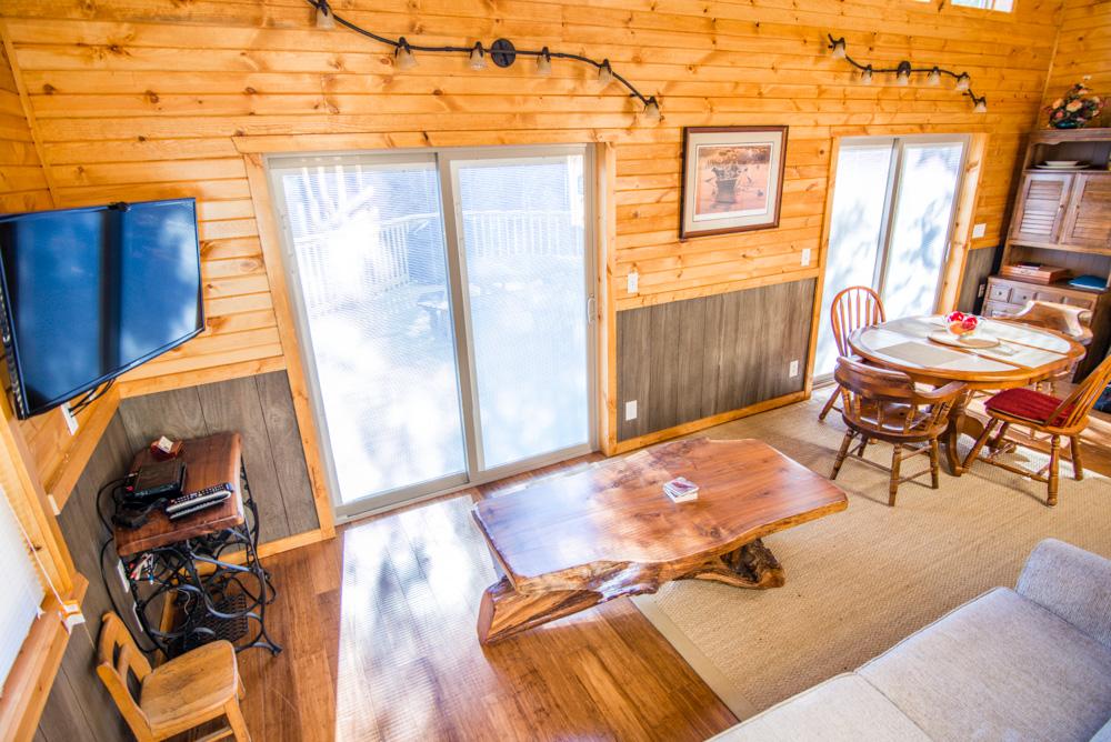 Hopewell Croft Living Room- Adams County Cabin Rental