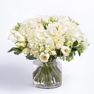 flowers-patience-roses-ranunculus-bouquet-ode-a-la-rose-400x400-25948.jpg