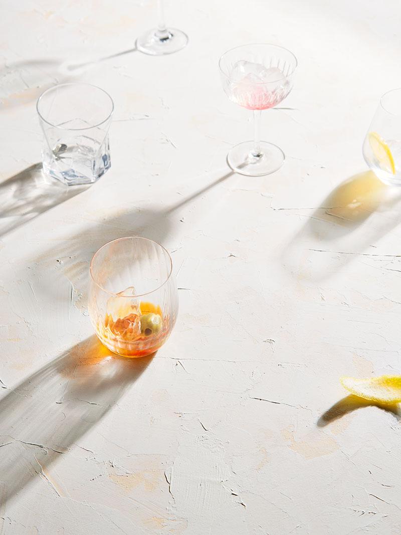 Cocktails_reflections_glasses.jpg