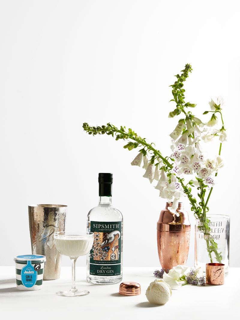 Sipsmiths_gin-alexander-cocktail_2.jpg