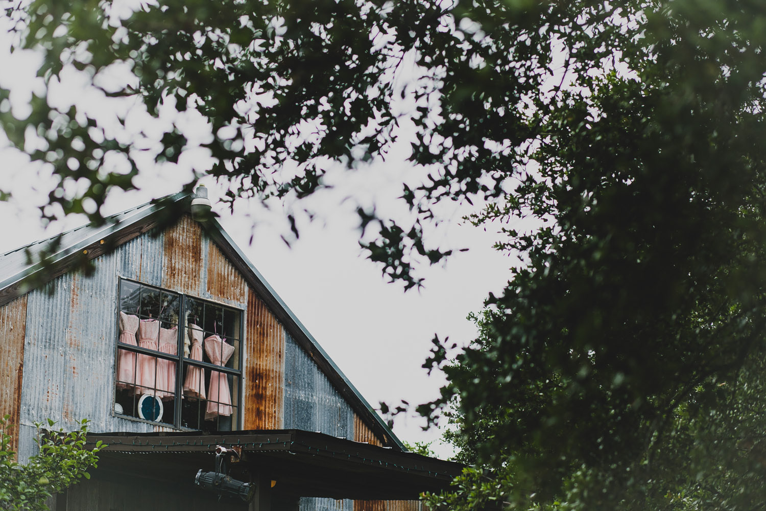 Vista West Ranch Barn | Lisa Woods Photography