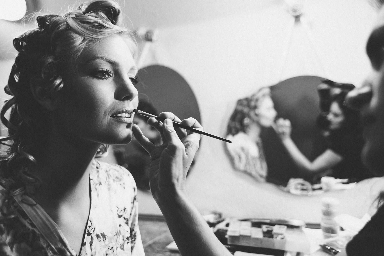 Bridal Makeup Prep at Vista West Ranch | Lisa Woods Photography