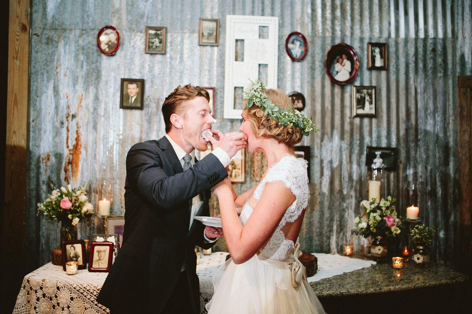 Bride and Groom at Vintage Cake Table | Lisa Woods Photography
