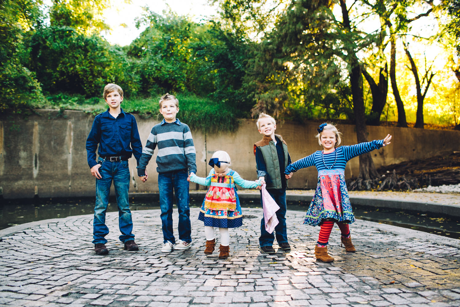 Brother & Sisters | Fall Holiday Family Portraits | Houston Texas | Lisa Woods Photography