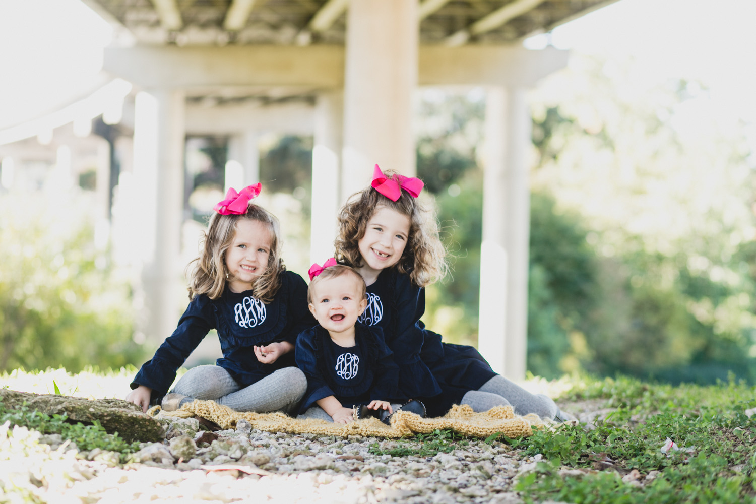 Three Girls with Pink Bows | Houston Family Portraits | Lisa Woods Photography