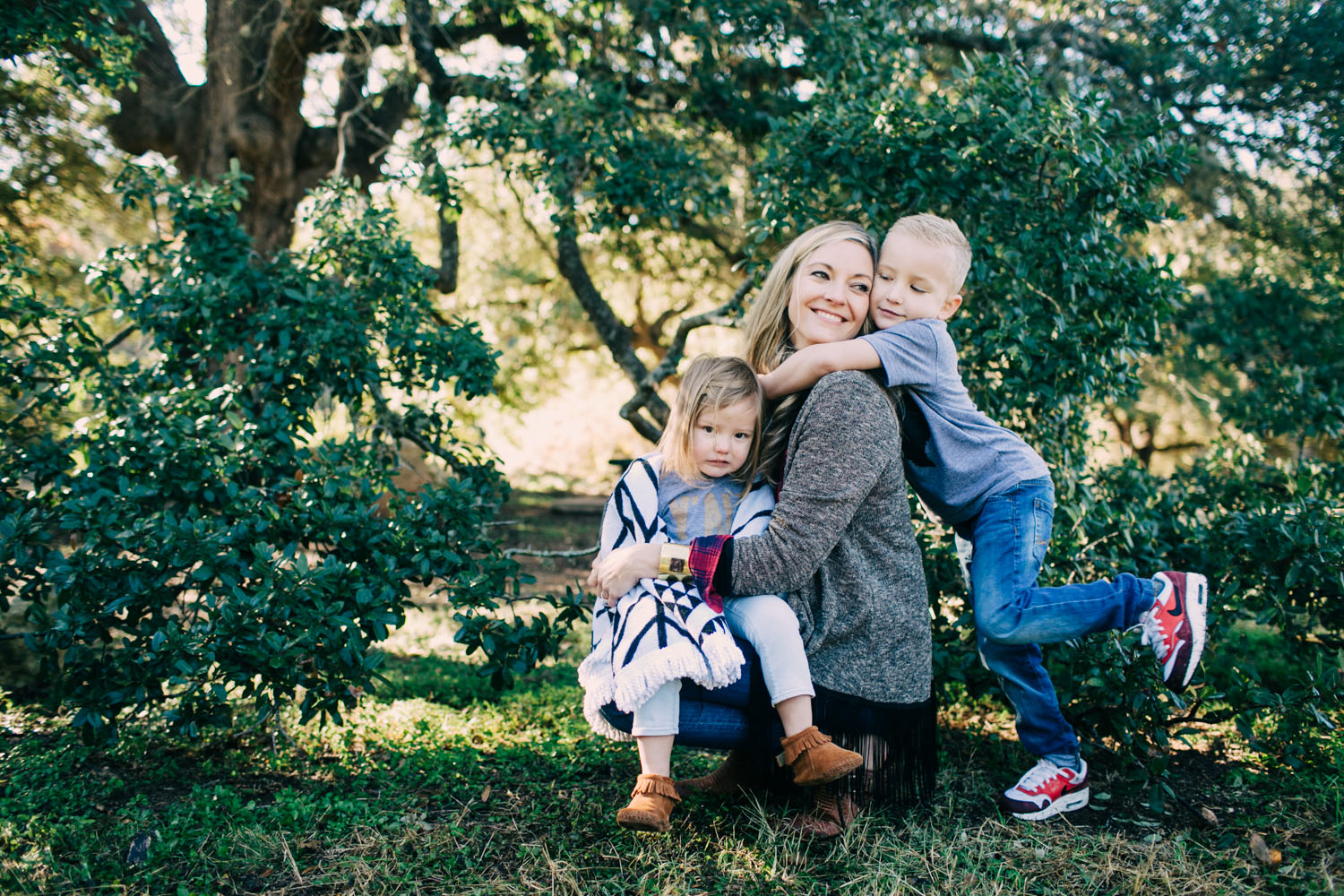Mother & Kids | Family Portraits | Lisa Woods Photography