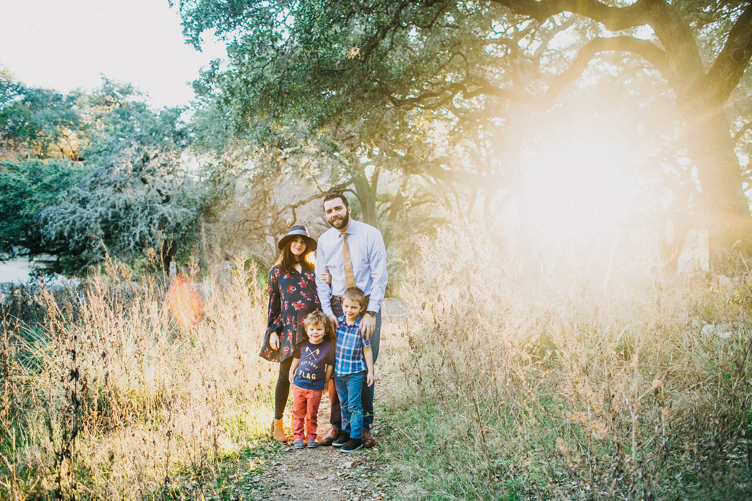 Family Outdoor Portrait | Lisa Woods Photography